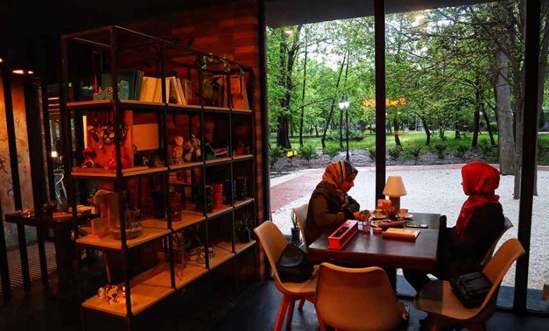 کافه کتاب سایه 2